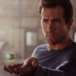 green-lantern-movie-250.jpg