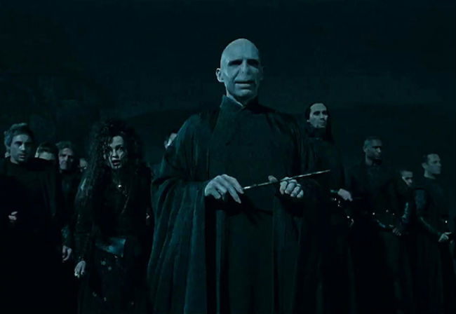 harry-potter-deathly-hallows-2-voldemort.jpg