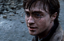 harry-potter-deathly-hallows-part-2-250-harry.jpg