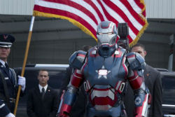 iron-man-3-flag-iron-patriot-250.jpg
