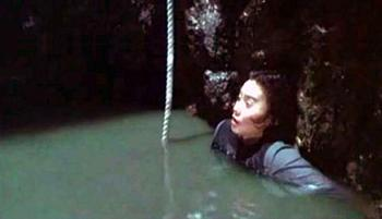ringu2-cave.jpg