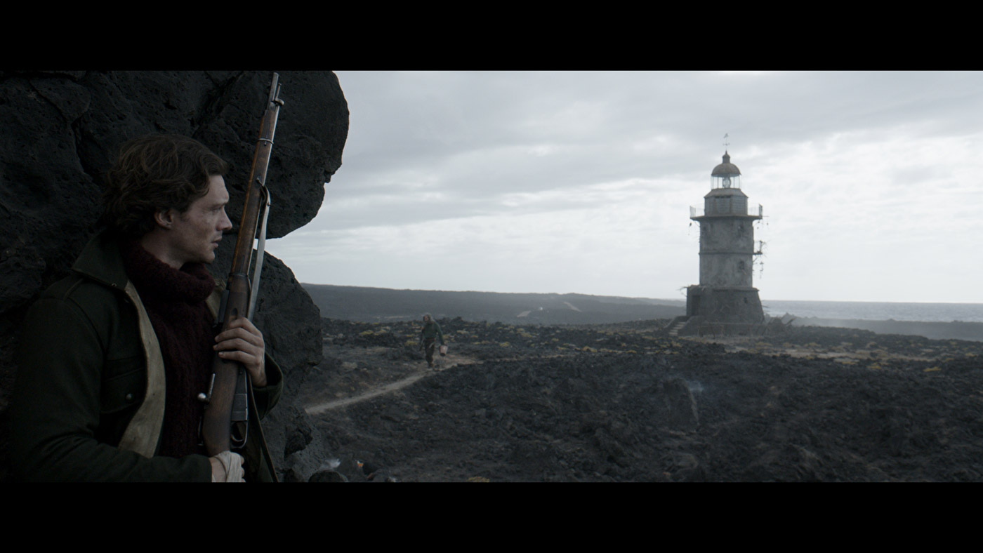 COLD SKIN Teaser: Xavier Gens' Lovecraftian Horror Comes ...