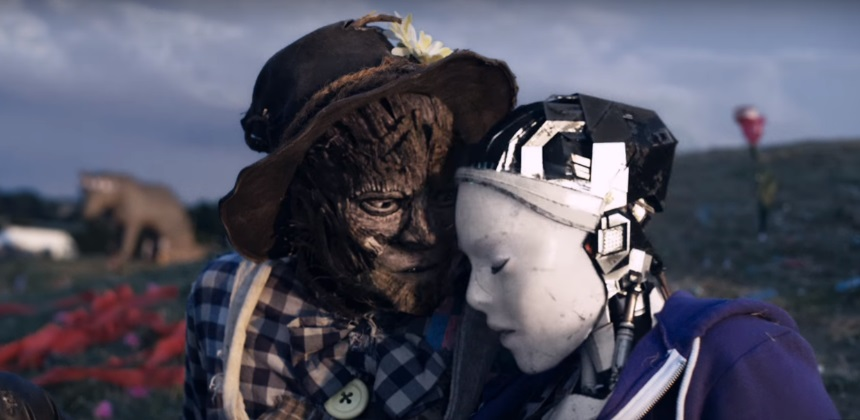 Robot and Scarecrow.jpg
