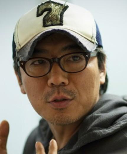 Kim Jee-woon Takes on Multi-Projection Experimental Short HIDE & SEEK