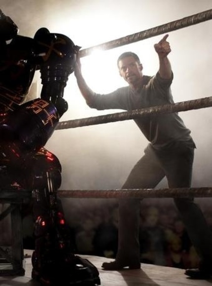 Robots Punching Robots Makes REAL STEEL Awesome.