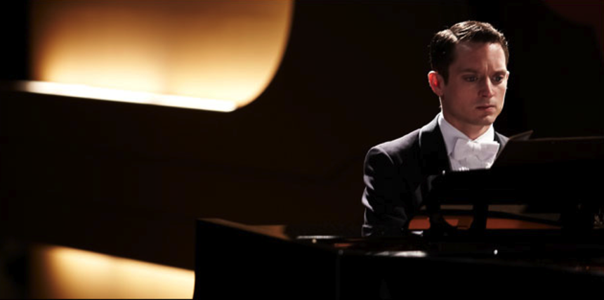 Elijah Wood Tickles The Ivories In Spanish Trailer For GRAND PIANO