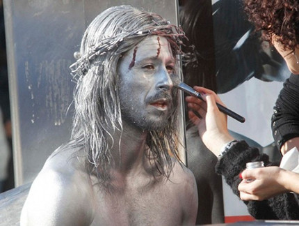 Silver Jesus Wields A Shotgun In Behind The Scenes Shots From Alex De La Iglesia's WITCHING AND BITCHING