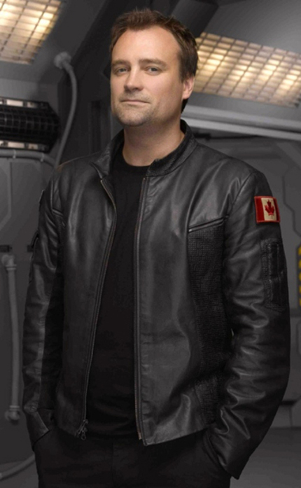 STARGATE: ATLANTIS' David Hewlett Preps For Second Feature, Sci/Fi Horror DEBUG!
