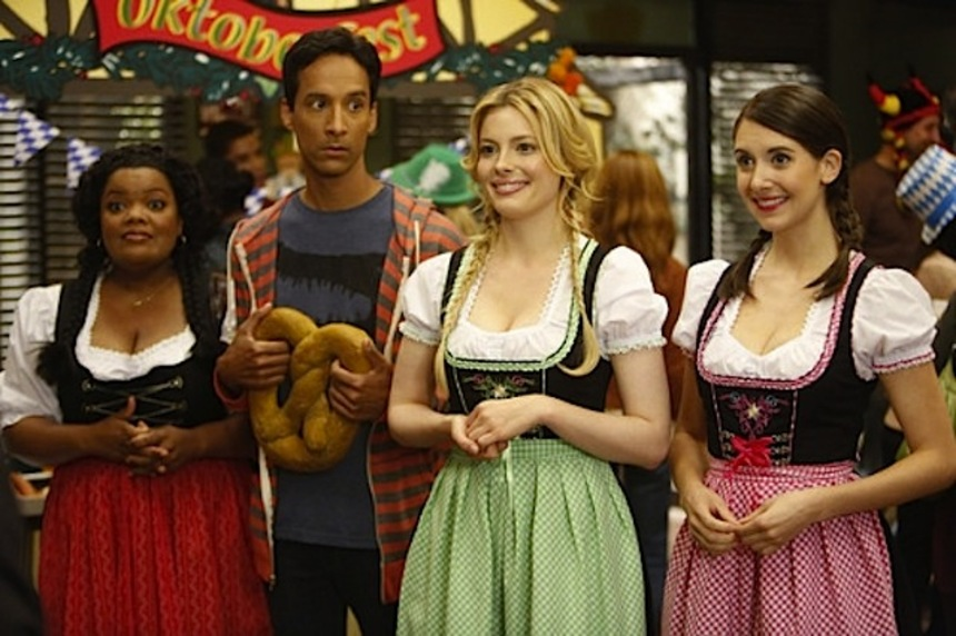 TV Review: COMMUNITY S4E04 Alternative History Of The German Invasion (Or, It's Nice To See Greendale Again)
