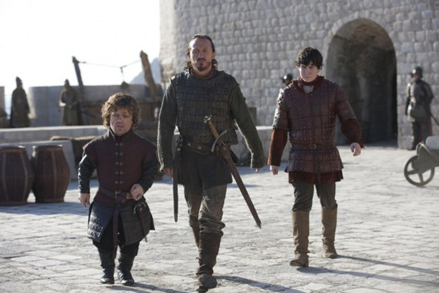 Review: GAME OF THRONES S3E01, VALAR DOHAERIS (Or, The Gang Is Back And Aint Nobody Happy About Nuthin')