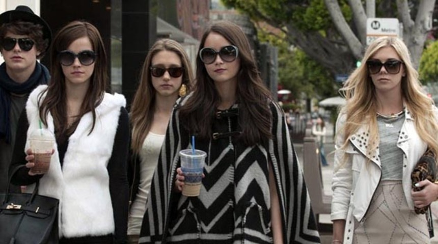 Opening: THE BLING RING, Robbing Celebrities And Falling Flat