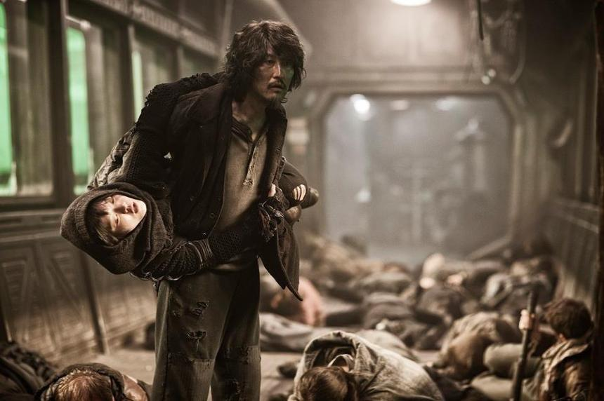 Review: SNOWPIERCER Fires On All Cylinders
