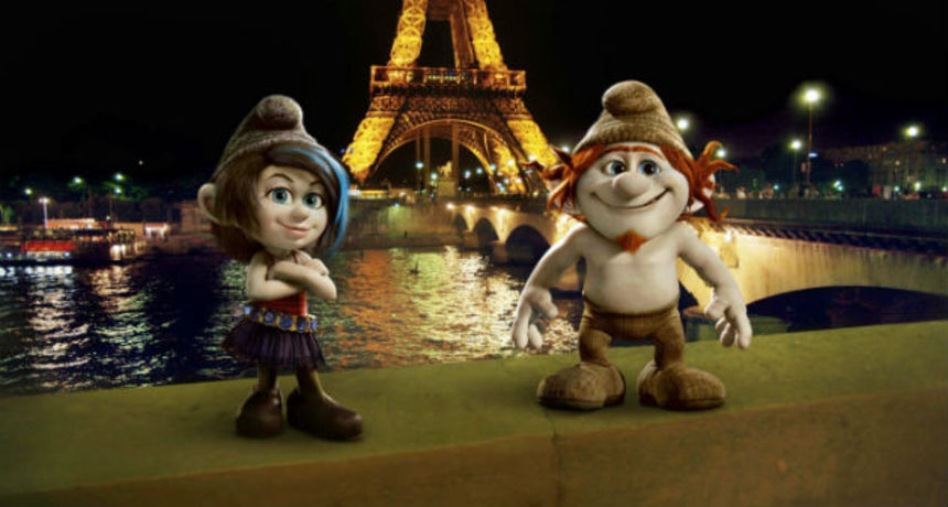 Review: THE SMURFS 2, The Last Temptation of Smurfette