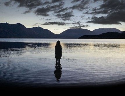Review: TOP OF THE LAKE Mixes Dark Mythology With Modern Trauma