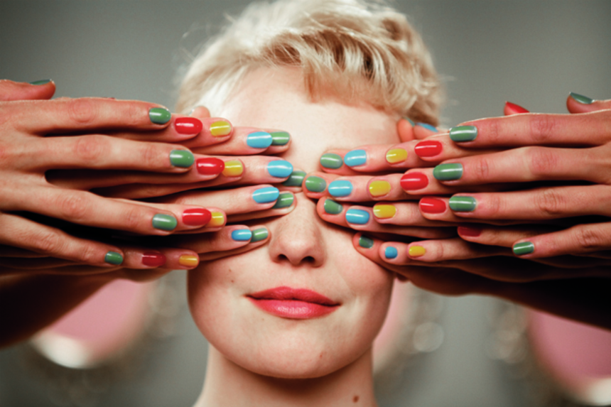 Review: In POPULAIRE, Candy Colors Hide A Rotten Core