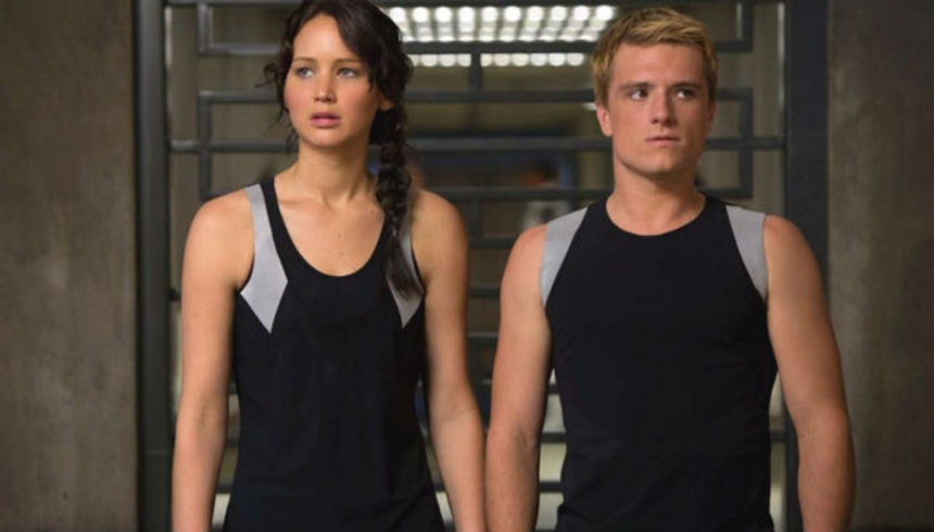 Review: THE HUNGER GAMES: CATCHING FIRE Kicks It Up A Notch, Sets the Stage For A Grand Finale