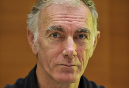 Interview: John Sayles Talks GO FOR SISTERS