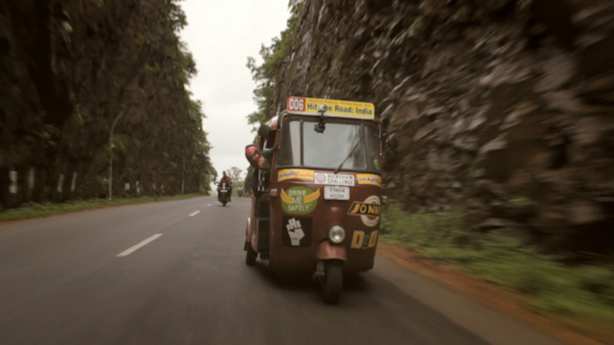 Review: HIT THE ROAD: INDIA, An Inspiring And Vibrant Travelogue