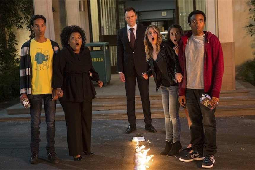COMMUNITY Returns This Fall on Yahoo