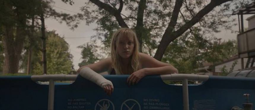 Cannes 2014 Review: IT FOLLOWS, A Somber, Effective And Assured Thriller