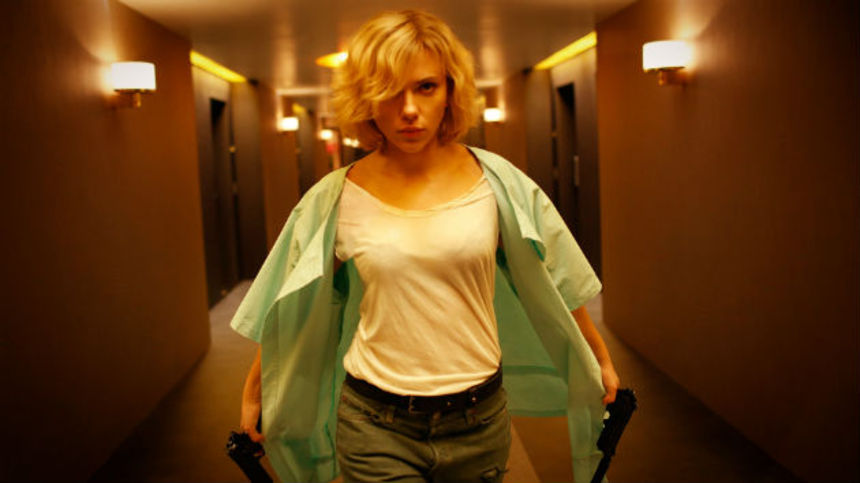 Review: LUCY, Scarlett Johansson Goes Feral, And It's Glorious