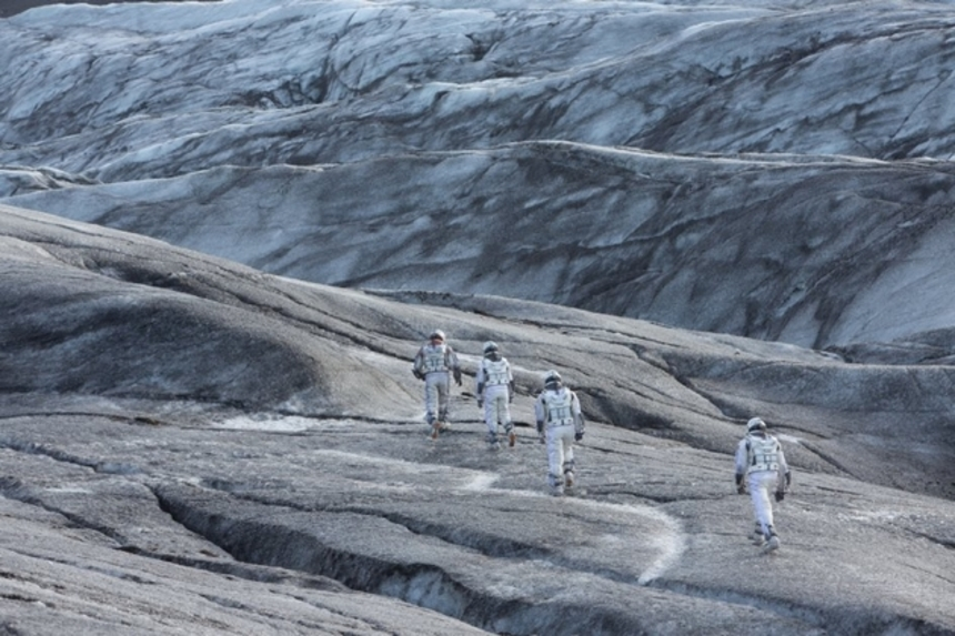 Review: INTERSTELLAR Is a Breathtaking Marriage of Ambition and Heart