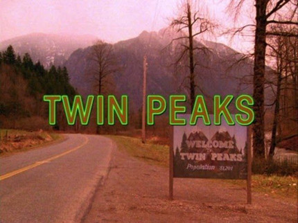 It's Official: TWIN PEAKS Returns In 2016