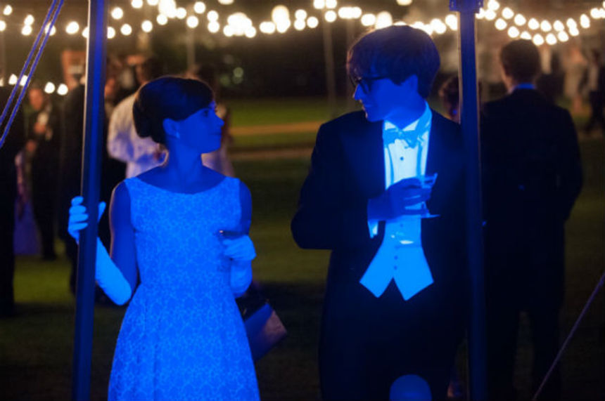 Review: THE THEORY OF EVERYTHING Looks Into A Fascinating Relationship