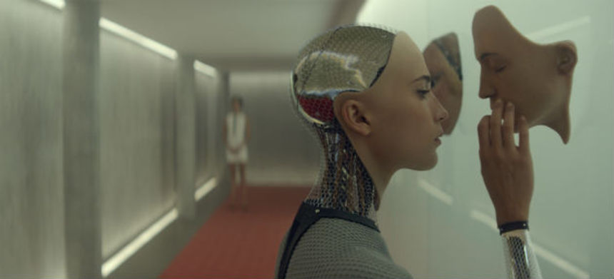 Review: EX_MACHINA Starts Strong, But Falls Into Cliché