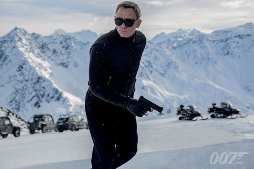 SPECTRE: Our First Look At Bond And A Behind The Scenes Featurette