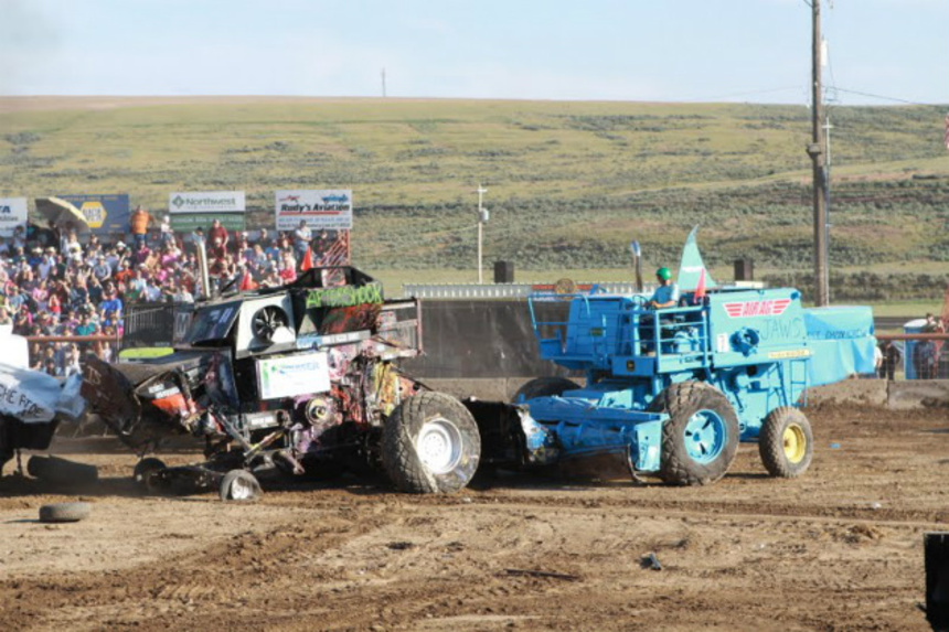 Spokane 2015 Review: DRYLAND Combines Demolition Derbies And The Waning Of Wheat Farmers In Washington