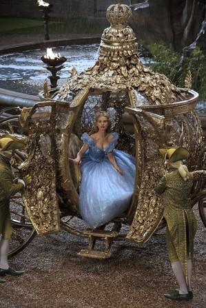 Cinderella-Coach_Film-613x915.jpg