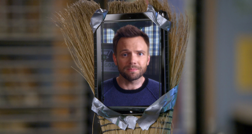 """Review: COMMUNITY S6E05 """"Laws Of Robotics And Party Rights"""", On Manipulation And Stereotypes"""