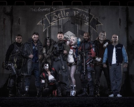 SUICIDE SQUAD: Here Is The First Pic Of The Cast In Costume