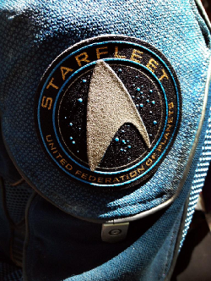STAR TREK 3 Will Go BEYOND, Director Justin Lin Reveals Title And Uniform Pic