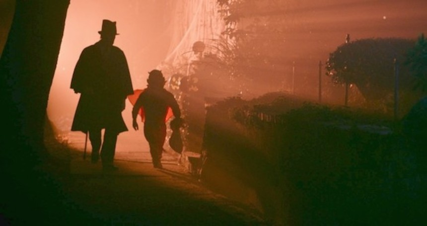 Fantasia 2015 Review: TALES OF HALLOWEEN, A Pumpkin-Flavored Love Letter From Hell