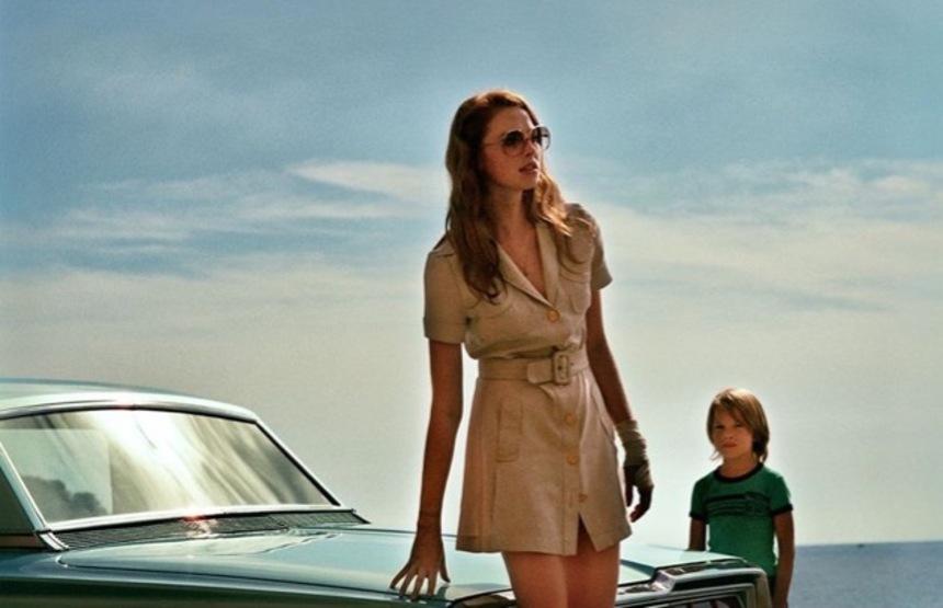 Review: LA DAME DANS L'AUTO, Between Seduction and Manipulation It Manipulates