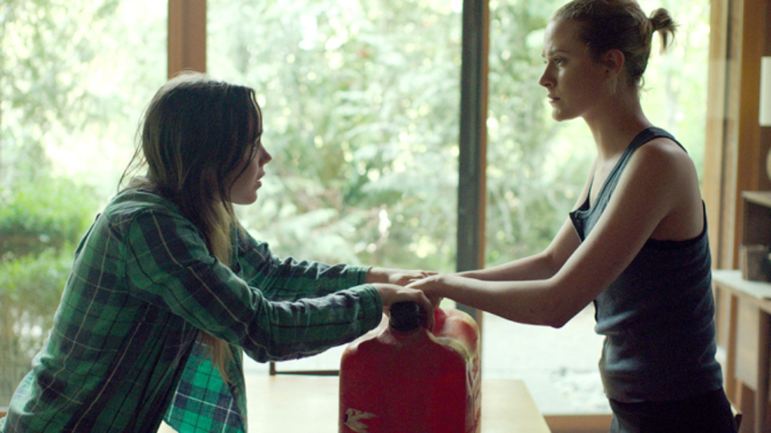 Toronto 2015 Review: INTO THE FOREST, A Masterful Portrait Of The Family Bond