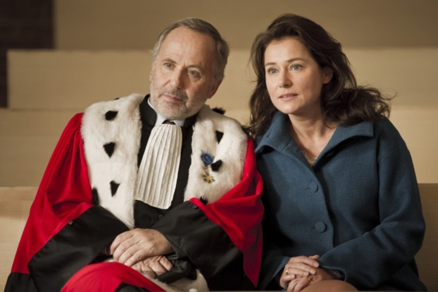 Review: COURTED Finds Humour Without A Trial