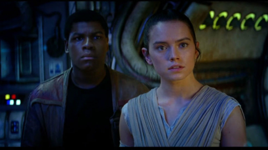 "STAR WARS: THE FORCE AWAKENS International Trailer: ""I'm Rey. I'm Finn."""
