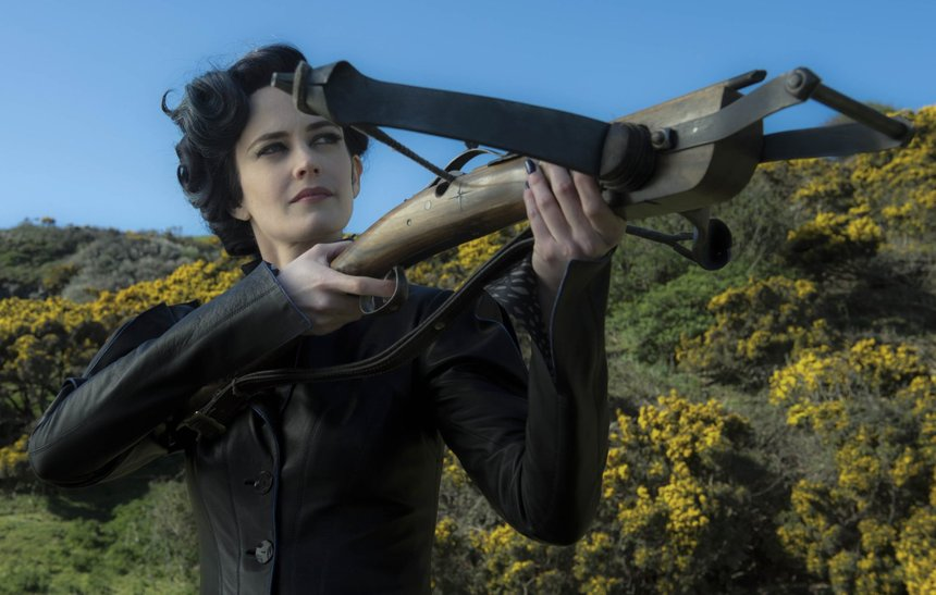 Review: MISS PEREGRINE'S HOME FOR PECULIAR CHILDREN is Better Burton