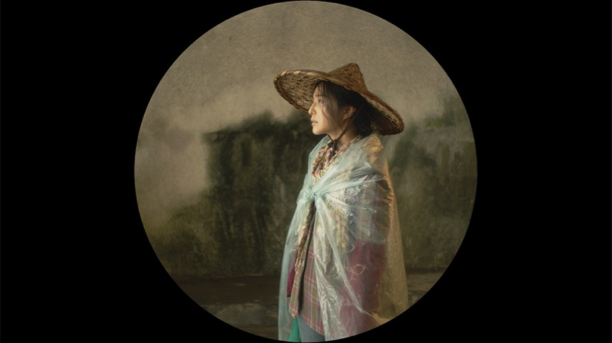 Review: I AM NOT MADAME BOVARY, Feng Xiaogang's Acerbic Civil Service Satire