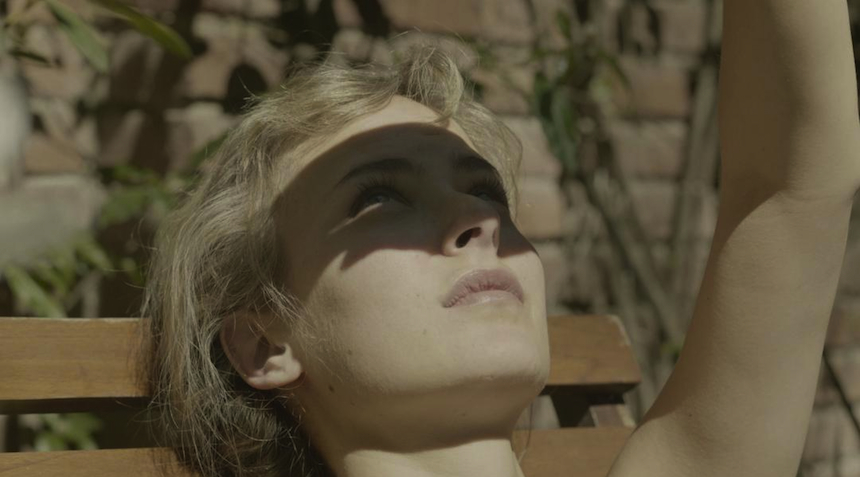 Rotterdam 2017 Review: STILL NIGHT, STILL LIGHT (MES NUITS FERONT ÉCHO), A Dreamy, Daring Debut