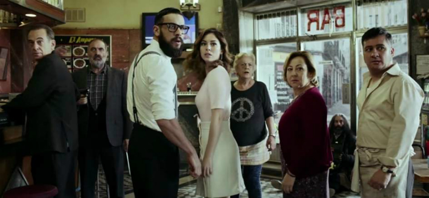 EL BAR Trailer: Trapped in a Cafe By Alex de la Iglesia