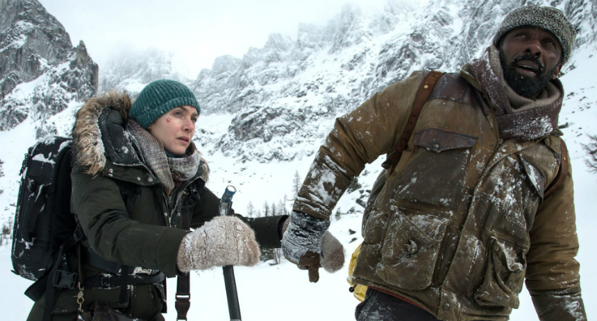 Review: THE MOUNTAIN BETWEEN US, Realistic Survival Amidst Romantic Notions
