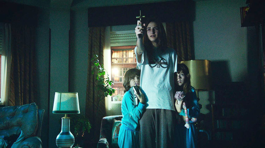 Paco Plaza's VERONICA Is Netflix's Latest Surprise Debut: Watch the [REC] Director's Latest Now