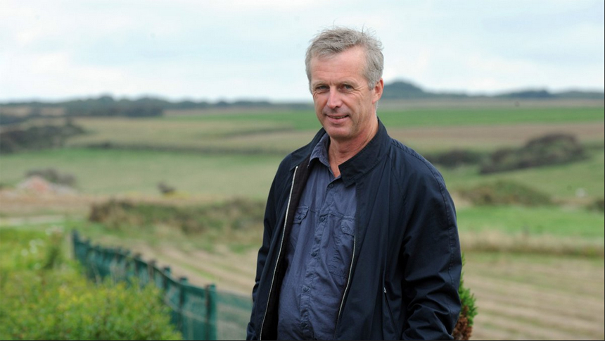 Bruno Dumont on JEANNETTE: THE CHILDHOOD OF JOAN OF ARC and Live Cinema