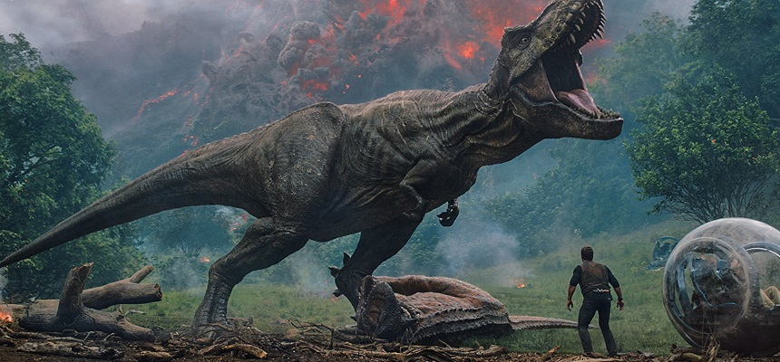 Review: JURASSIC WORLD: FALLEN KINGDOM Goes Places Earlier Films Fear To Tread
