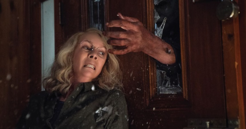 Review: HALLOWEEN, Michael Myers Is Back For Laurie Strode In This High Profile Retcon