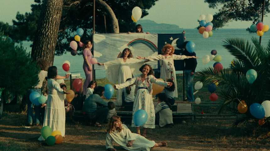 Blu-ray Review: Criterion's ONE SINGS, THE OTHER DOESN'T, A Fitting Memorial To Agnes Varda